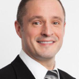 Dr Justin Glaister