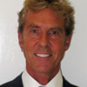 Dr Ian Hallam MBE,BDS