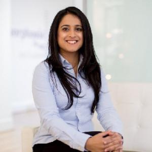Dr Sarah Akram