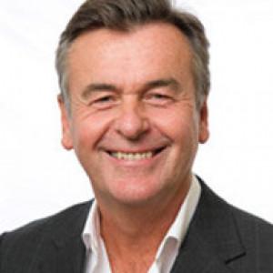 Dr Glen Frew