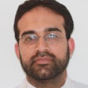Dr Munir Ravalia