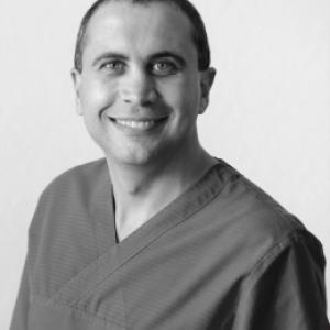 Dr Pieter Claassen