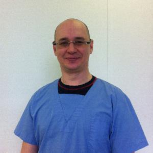 Dr Kirill Divakov Zahnarzt