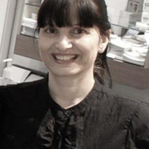 Mrs H Vadgama