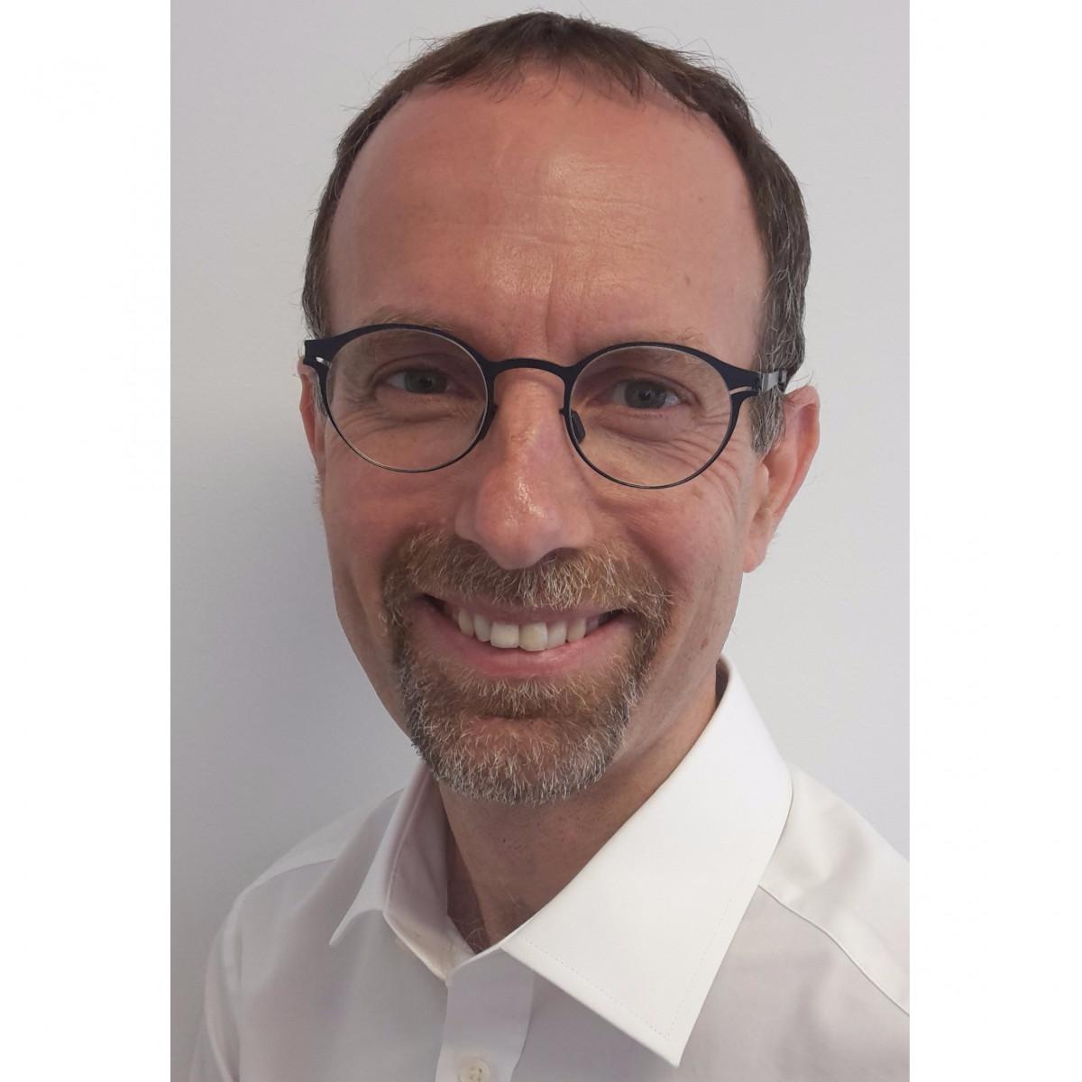Dr David Manger