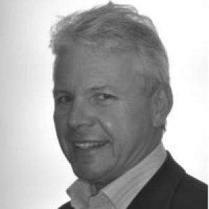 Dr Julian O'Neil