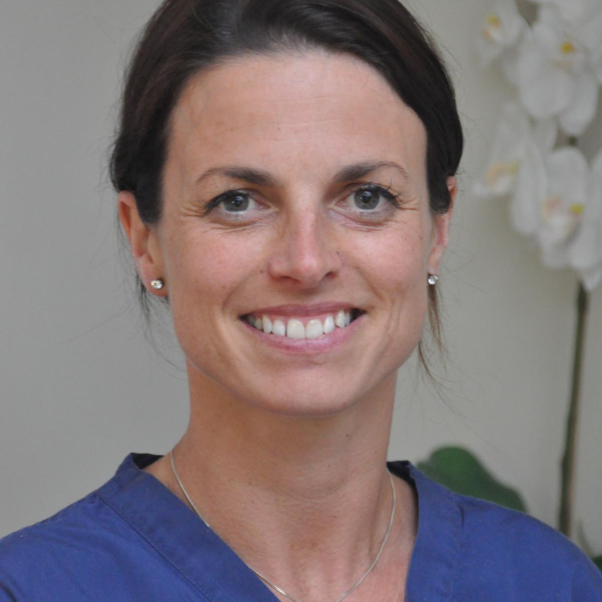 Dr Sarah Swales