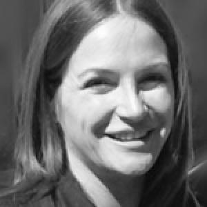 Dr Emma Swindells