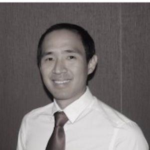 Dr Raymond Chaw