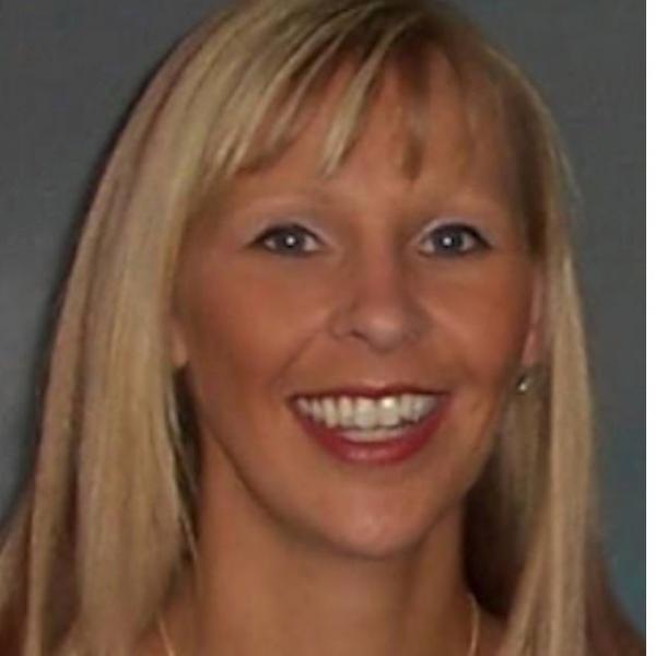 Dr Elaine Haworth