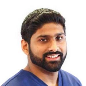 Dr Akaash Bagga