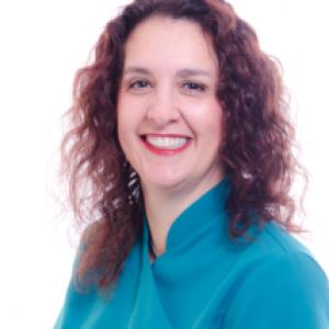 Dr Zoe Wray